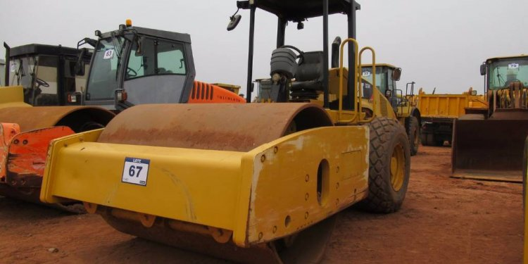 Caterpillar CS74