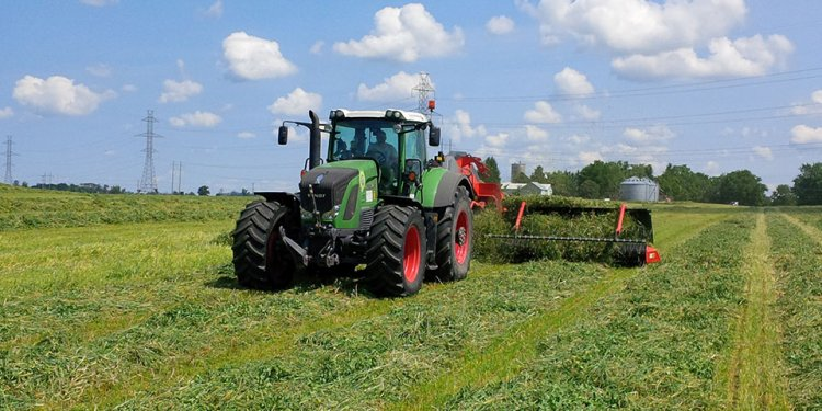 Claussen Farms Kuhn MaxxMerge