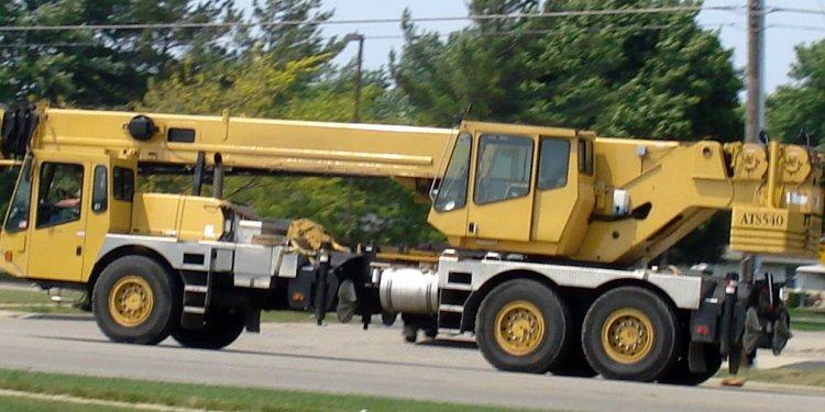 File:Truck crane.jpg