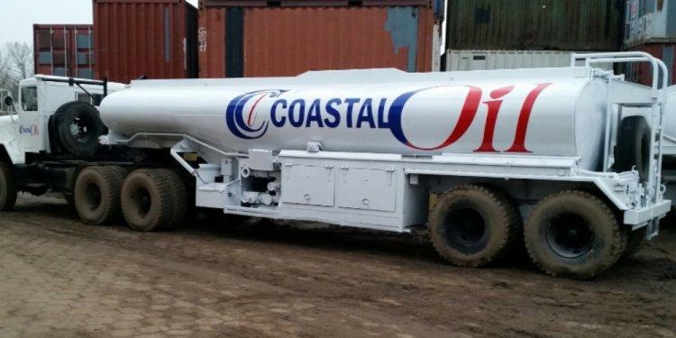 Heil 5 gallon tanker