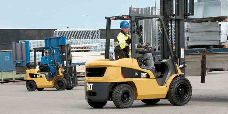 Forklift truck maintenance &