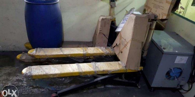 Scissor lift pallet truck jack