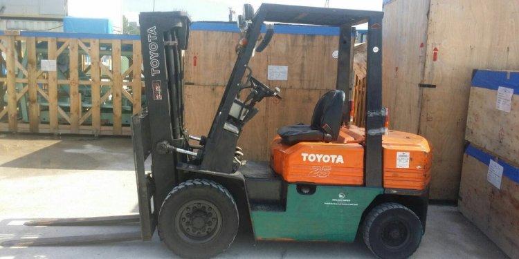 Singapore Used Forklift