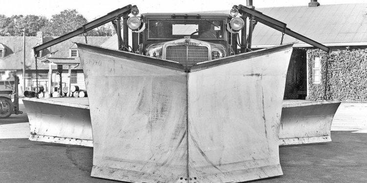 1937 Oshkosh four-wheel drive