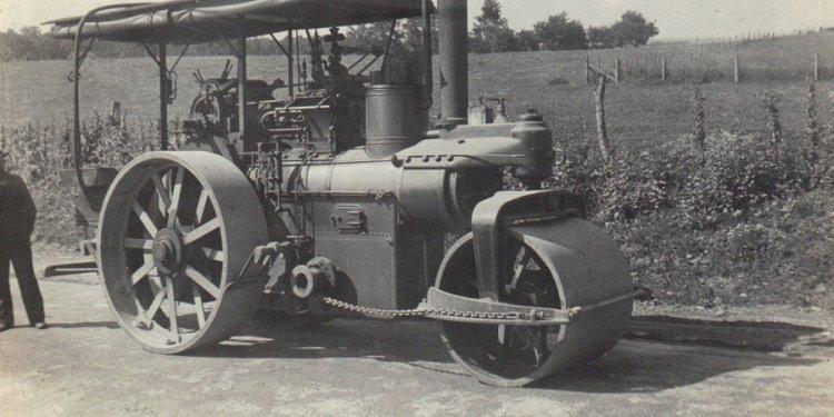 Steam Road Roller
