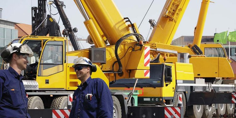How to operate a Crane truck?