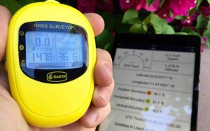 Bad Elf's GNSS Surveyor Bluetooth GPS device