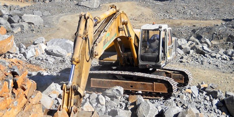 Heavy Earth Moving Equipment Manufacturers