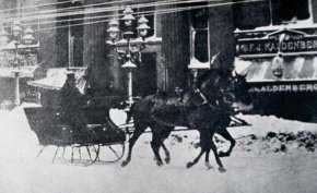 Horse-drawn sleigh traveling through New York City during the Great Blizzard of 1888