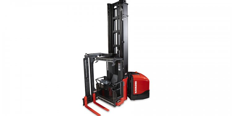 Crown Narrow Aisle Reach Trucks