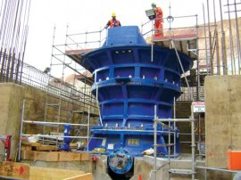 Installation work in progress on an FLSmidth primary gyratory crusher.