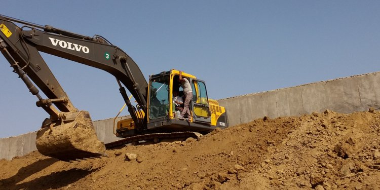 Earth Movers companies
