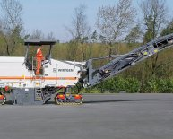 Pavement milling machine